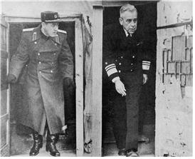 <The chief delegates of both sides, Namil from the North and admiral Joy from the US> Photo by NAK